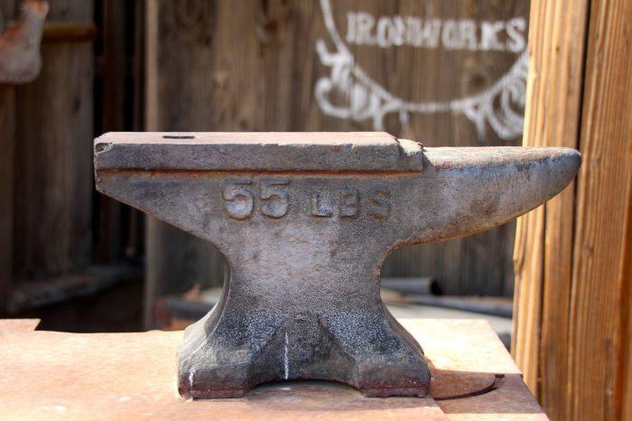 kymmberly-maker-age-artisan-anvil
